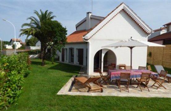 Biarritz Golf Villa 8 PERS
