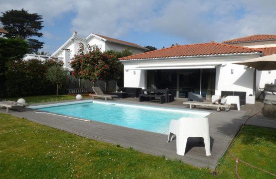 ANGLET Golf du Phare Villa Piscine 8 PERS H107CEL