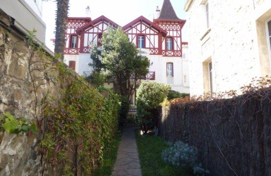 Biarritz Hyper Centre Maison de ville 6 Pers REF W 010CAR